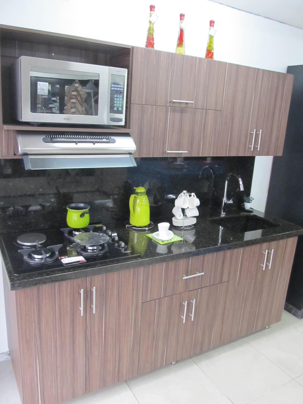 Cocina granito natural verde ubatuba for Material granito para cocina
