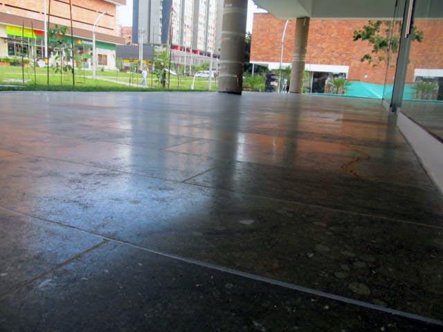 Manual de instalacion de pisos de marmol confracload for Instalacion de marmol y granito