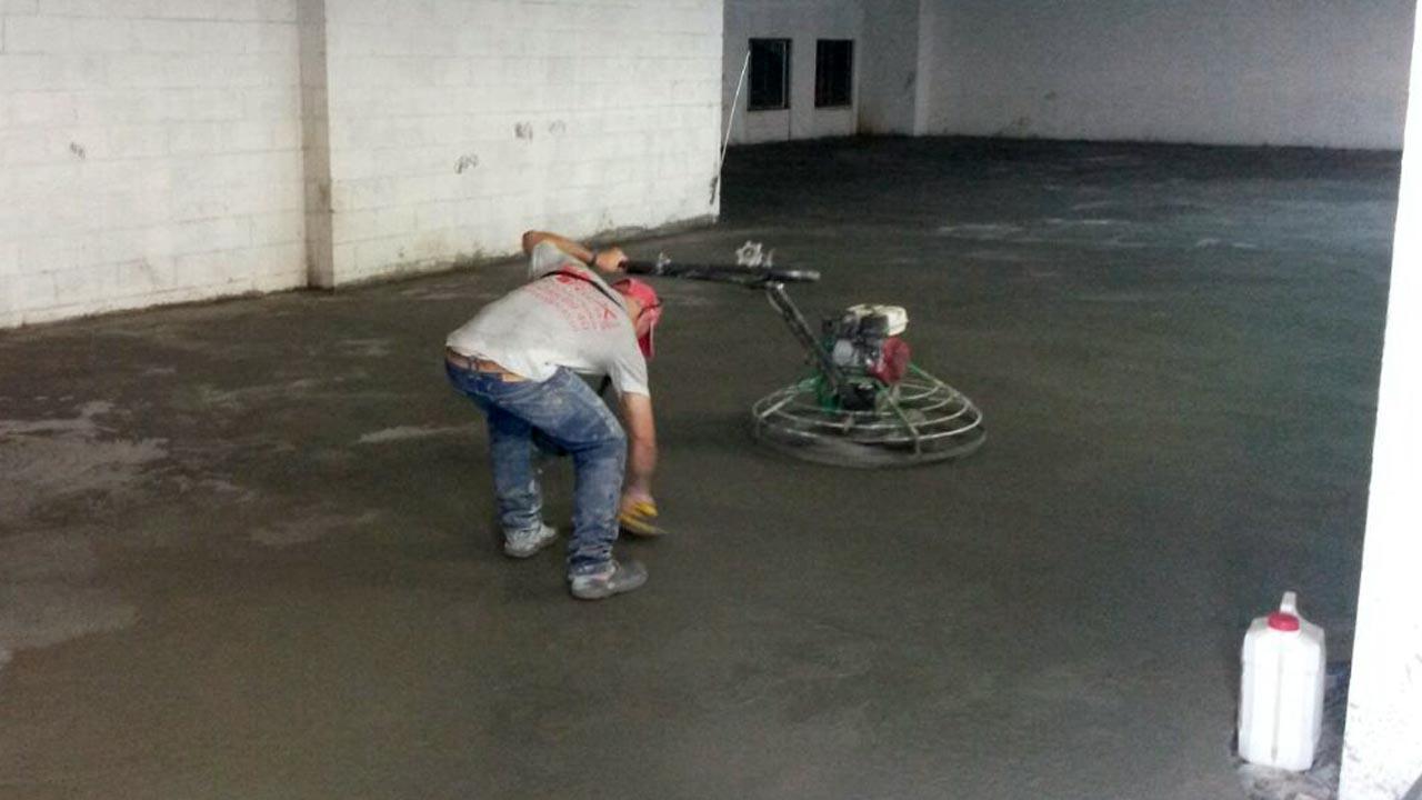 Allanado de pisos en concreto - Helicoptero para hormigon ...